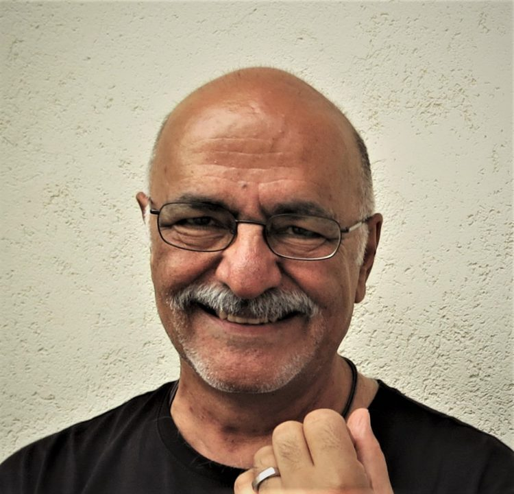 Mahmoud Hosseini Zad